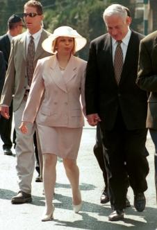 """מאות אלפי ש""""ח בשנה על תחזוקת הגברת הראשונה מכספי הציבור, וזה לא תמיד מצליח"""
